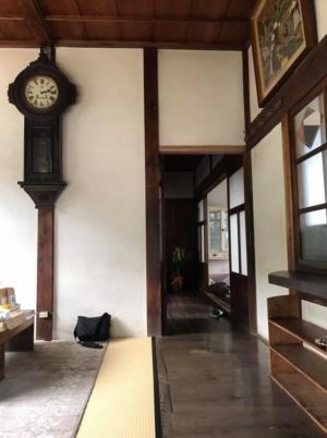 OLD CLINIC内部・待合室